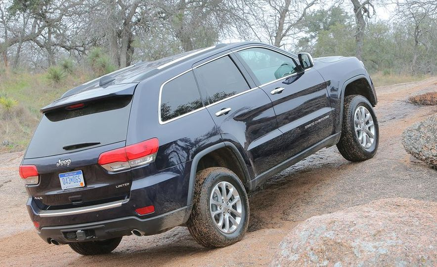 2014 Jeep Grand Cherokee Overland - Slide 21