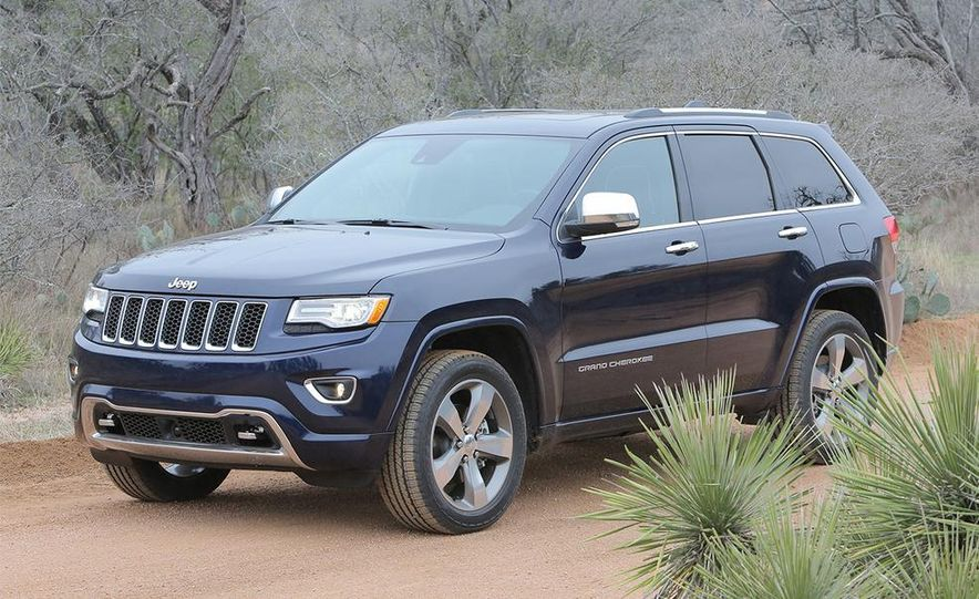 2014 Jeep Grand Cherokee Overland - Slide 2