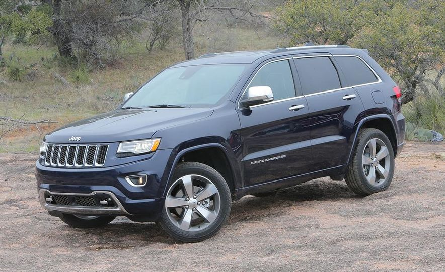 2014 Jeep Grand Cherokee Overland - Slide 3
