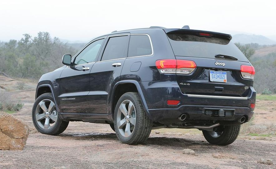 2014 Jeep Grand Cherokee Overland - Slide 5