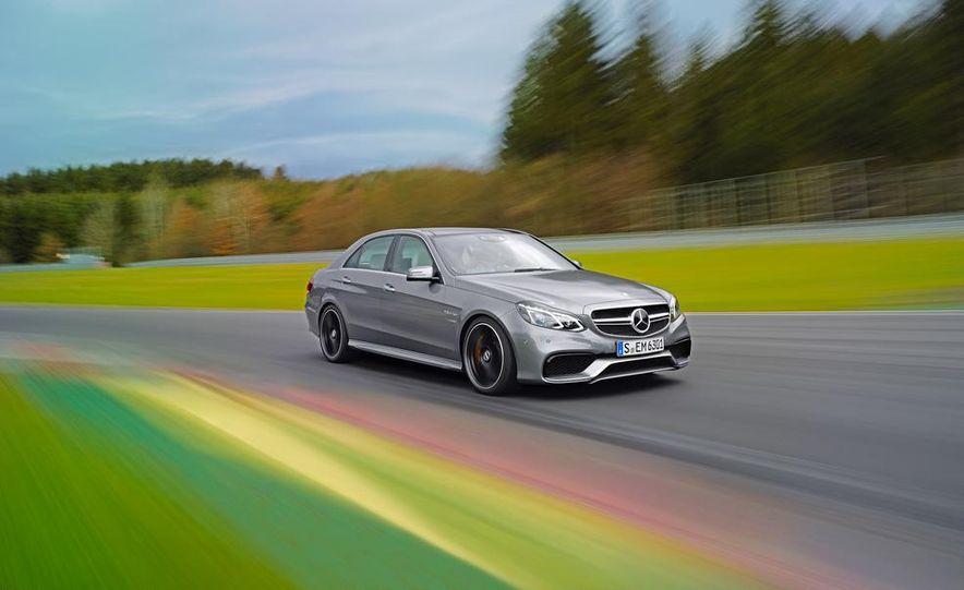 2014 Mercedes-Benz E63 AMG 4MATIC - Slide 1