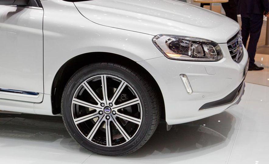 2014 Volvo XC60 - Slide 4