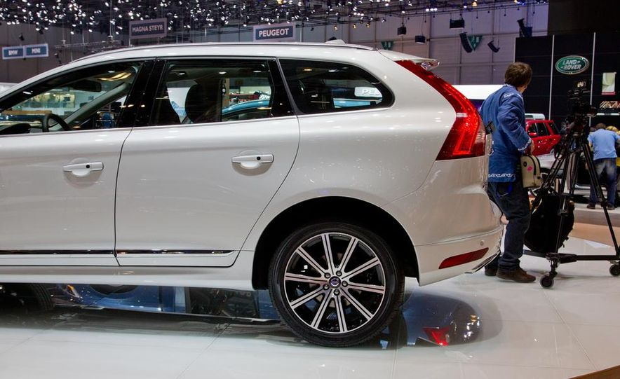 2014 Volvo XC60 - Slide 13