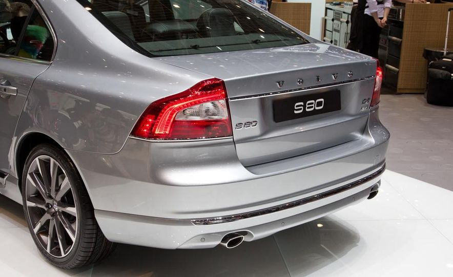 2014 Volvo S80 - Slide 18