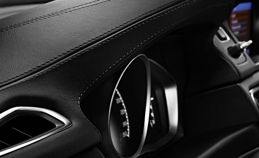 2014 Volvo S80 - Slide 25