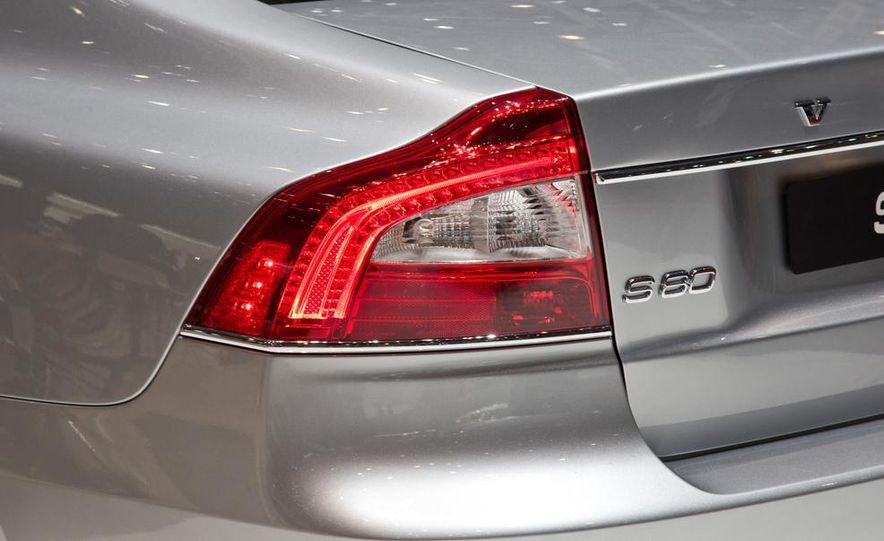 2014 Volvo S80 - Slide 19