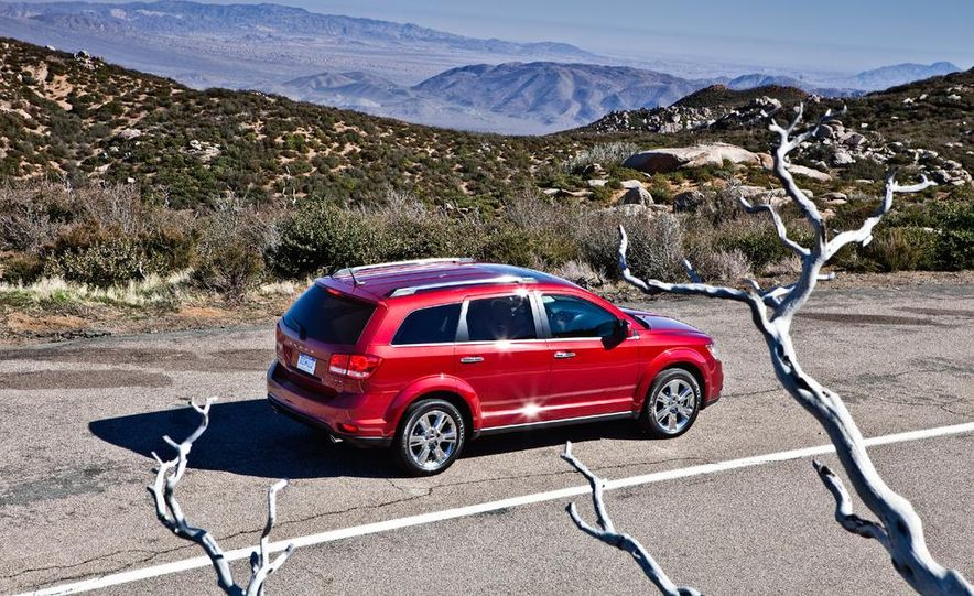 2013 Dodge Journey R/T - Slide 10