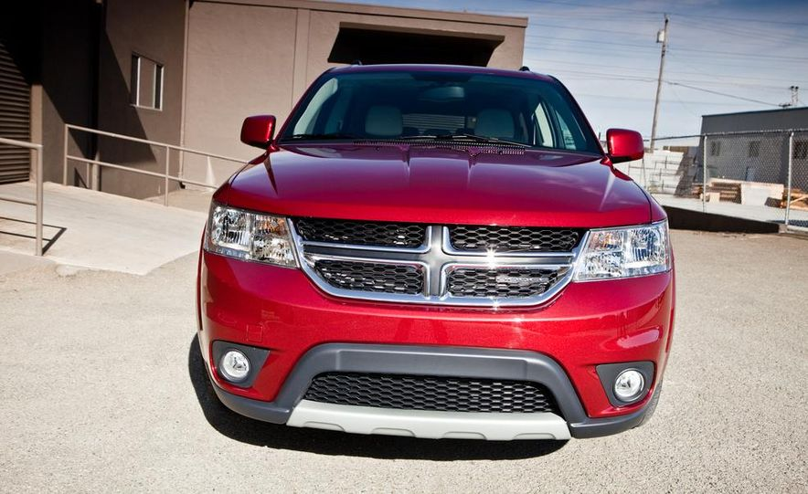 2013 Dodge Journey R/T - Slide 12