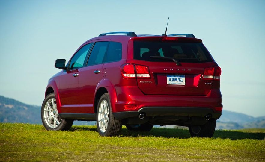 2013 Dodge Journey R/T - Slide 5