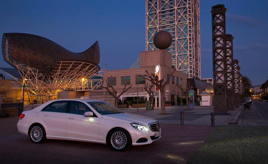 2014 Mercedes-Benz E250 sedan - Slide 6