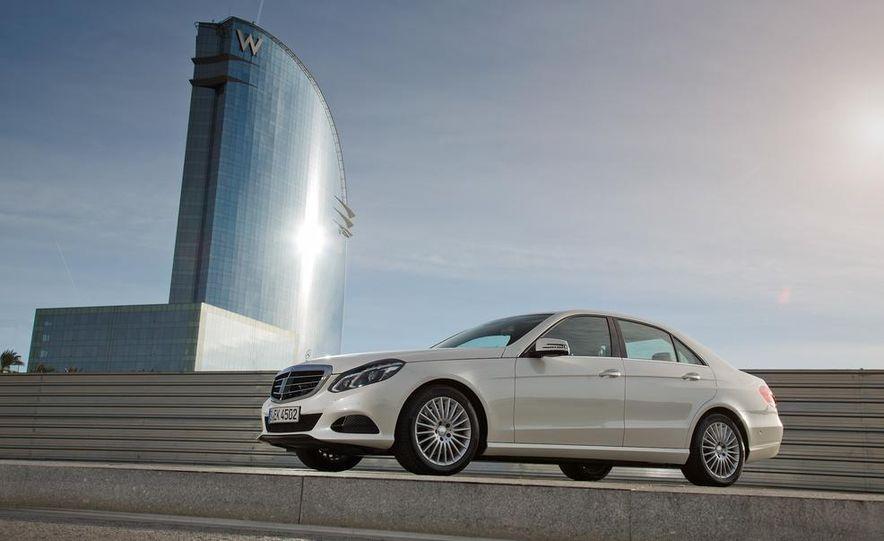 2014 Mercedes-Benz E250 sedan - Slide 8