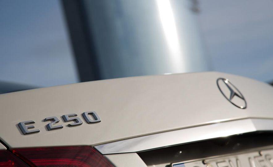 2014 Mercedes-Benz E250 sedan - Slide 9