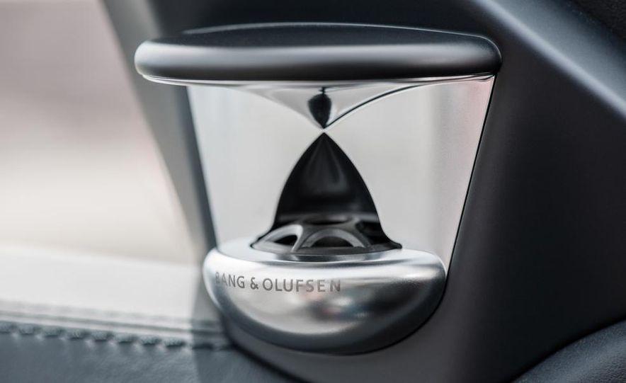 2014 Mercedes-Benz E250 sedan - Slide 42