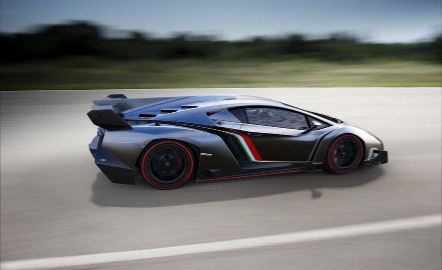 Lamborghini Veneno - Slide 45