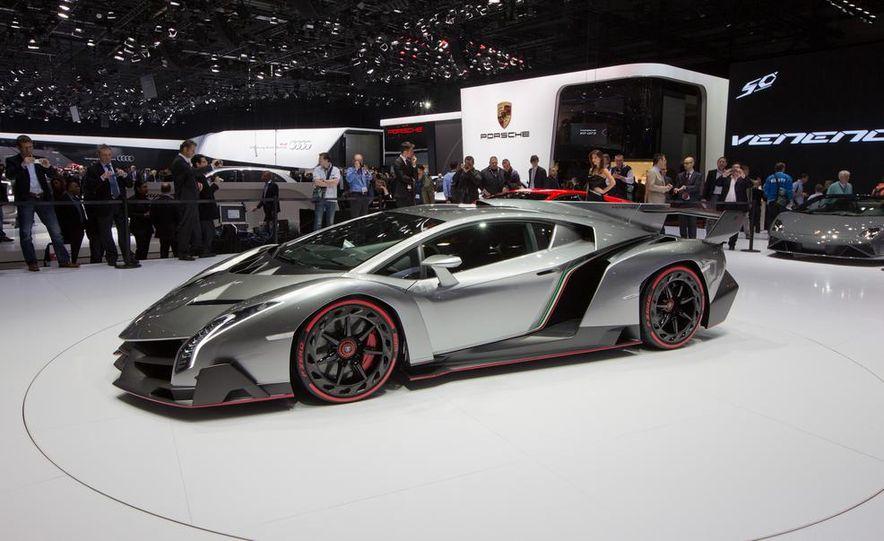 Lamborghini Veneno - Slide 3