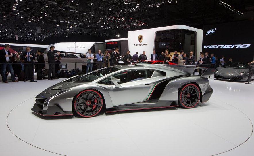 Lamborghini Veneno - Slide 4