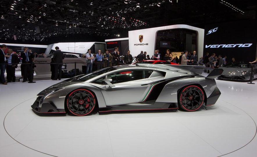 Lamborghini Veneno - Slide 5