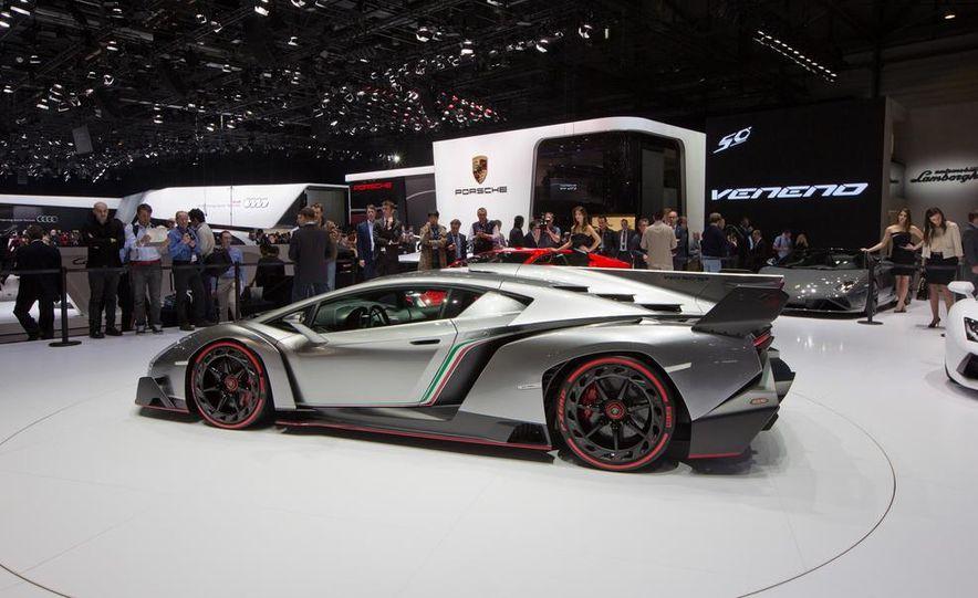 Lamborghini Veneno - Slide 7