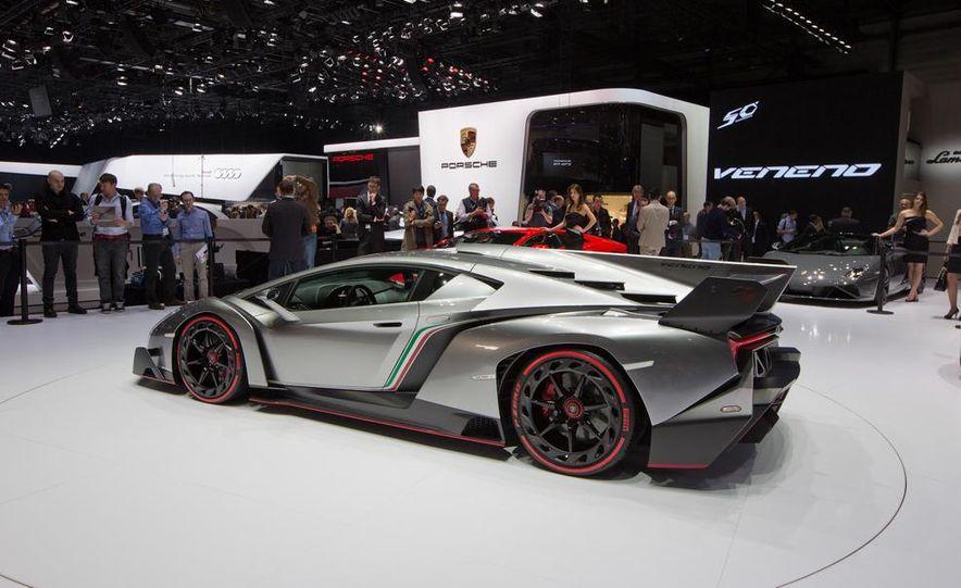Lamborghini Veneno - Slide 8