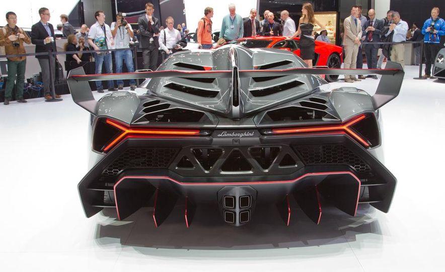 Lamborghini Veneno - Slide 12