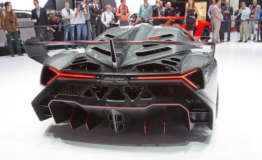 Lamborghini Veneno - Slide 13