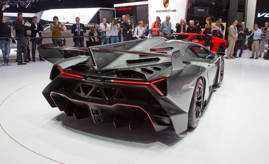 Lamborghini Veneno - Slide 14