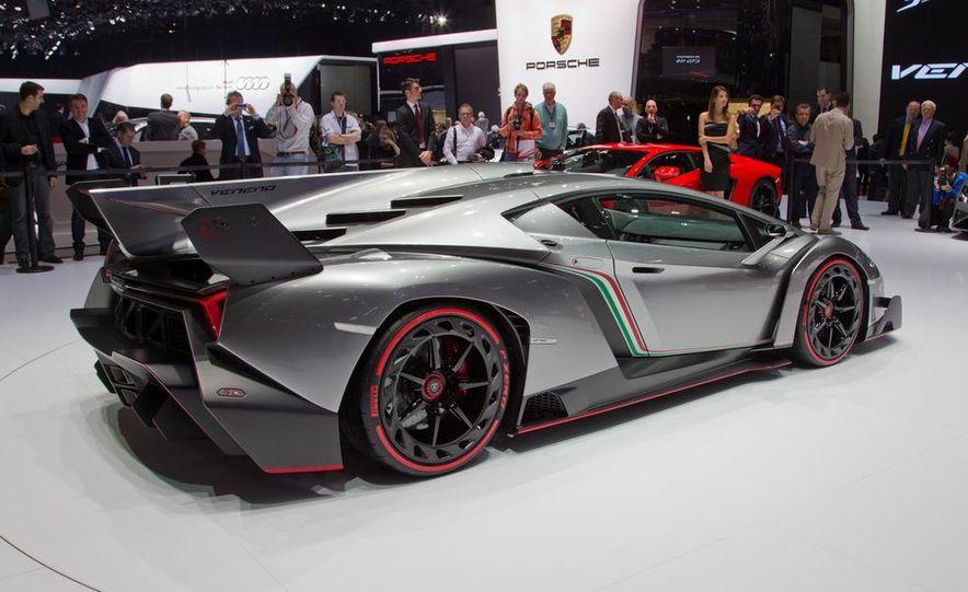 Lamborghini Veneno - Slide 16