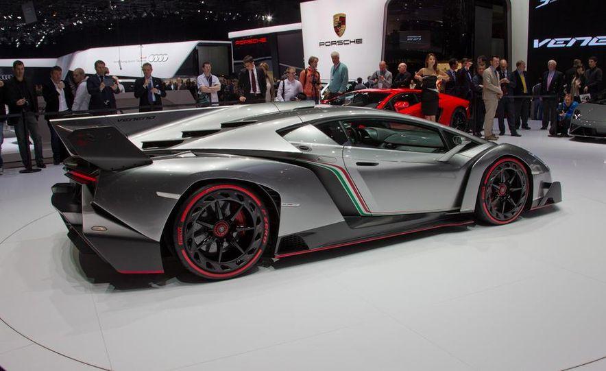 Lamborghini Veneno - Slide 17