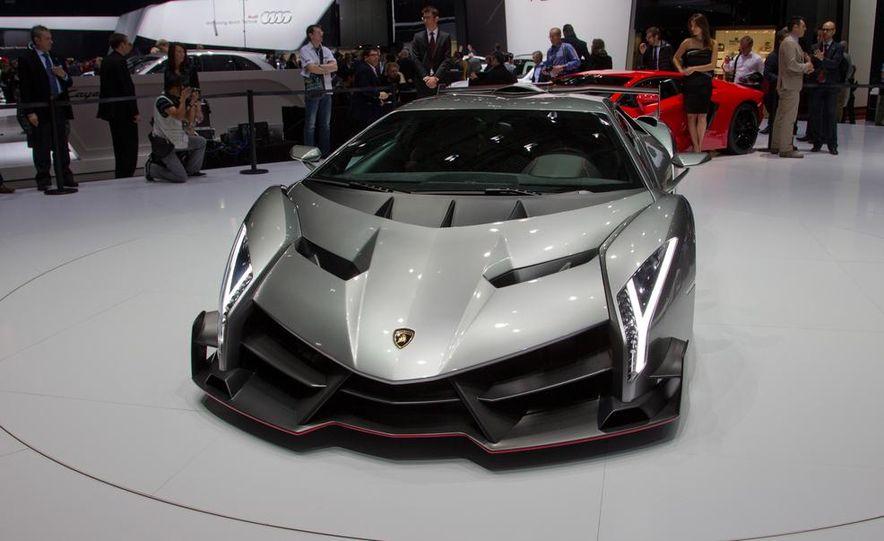 Lamborghini Veneno - Slide 25