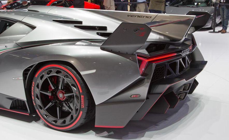 Lamborghini Veneno - Slide 26