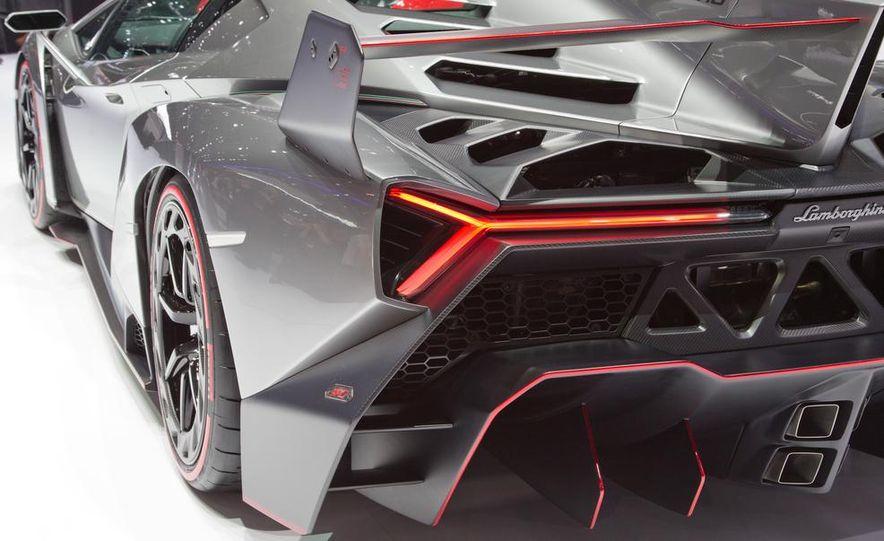 Lamborghini Veneno - Slide 27