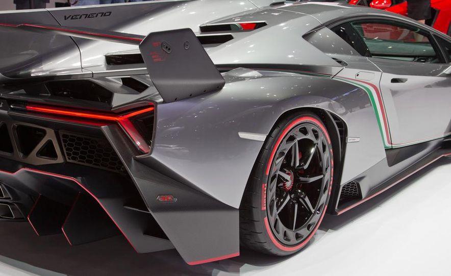 Lamborghini Veneno - Slide 30