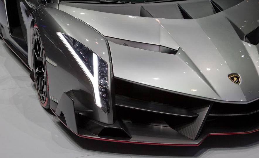 Lamborghini Veneno - Slide 33