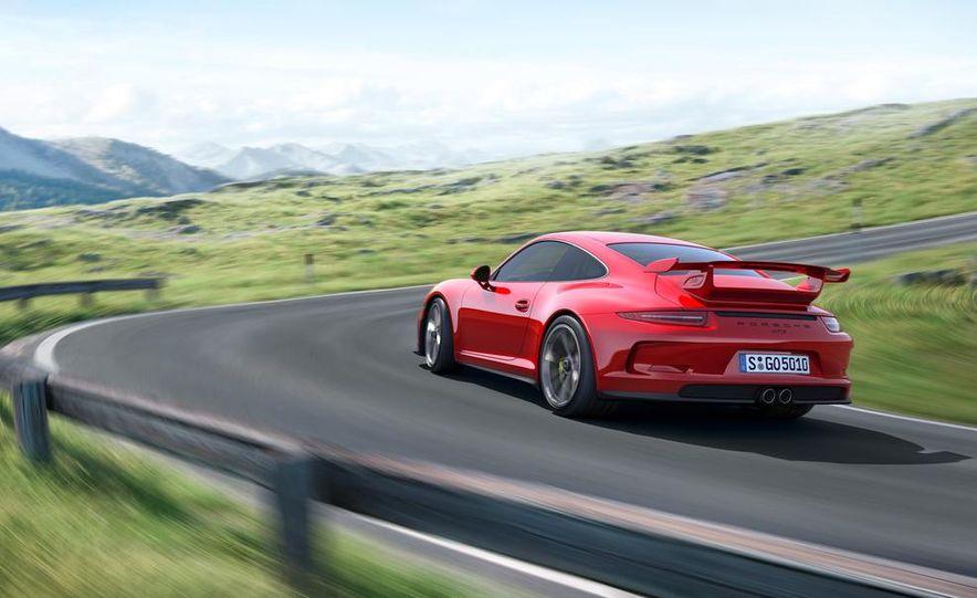 2014 Porsche 911 GT3 - Slide 29