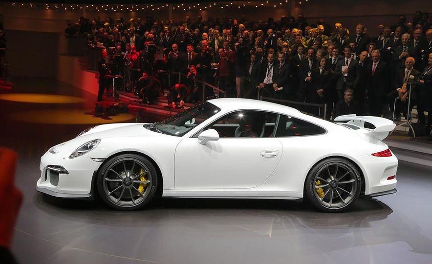 2014 Porsche 911 GT3 - Slide 23