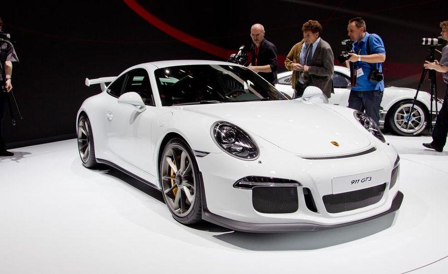 2014 Porsche 911 GT3 - Slide 10