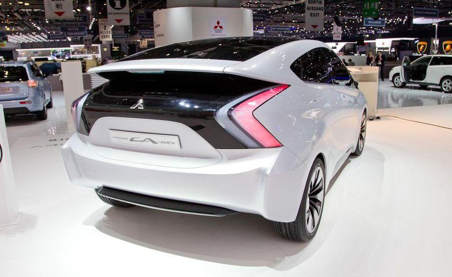 Mitsubishi CA-MiEV EV concept - Slide 5