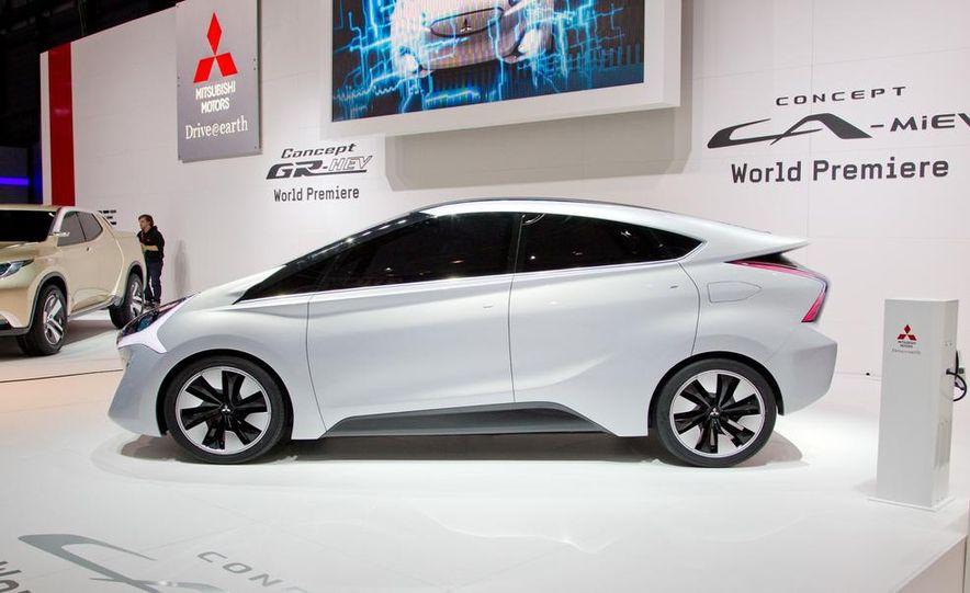 Mitsubishi CA-MiEV EV concept - Slide 6