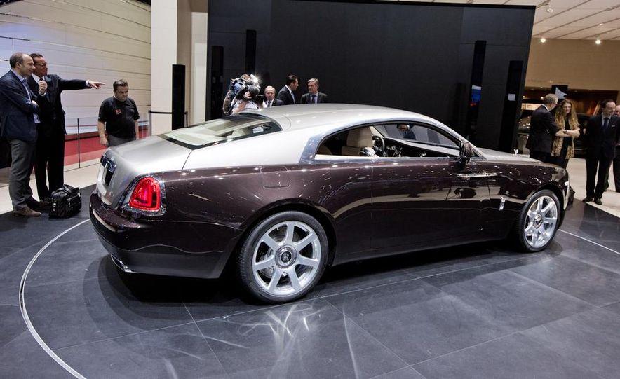 2014 Rolls-Royce Wraith - Slide 9