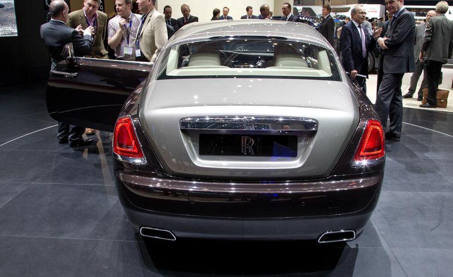 2014 Rolls-Royce Wraith - Slide 12