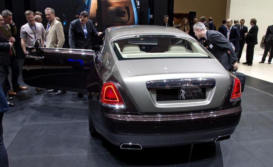 2014 Rolls-Royce Wraith - Slide 17
