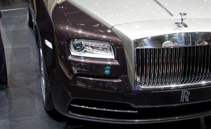 2014 Rolls-Royce Wraith - Slide 21