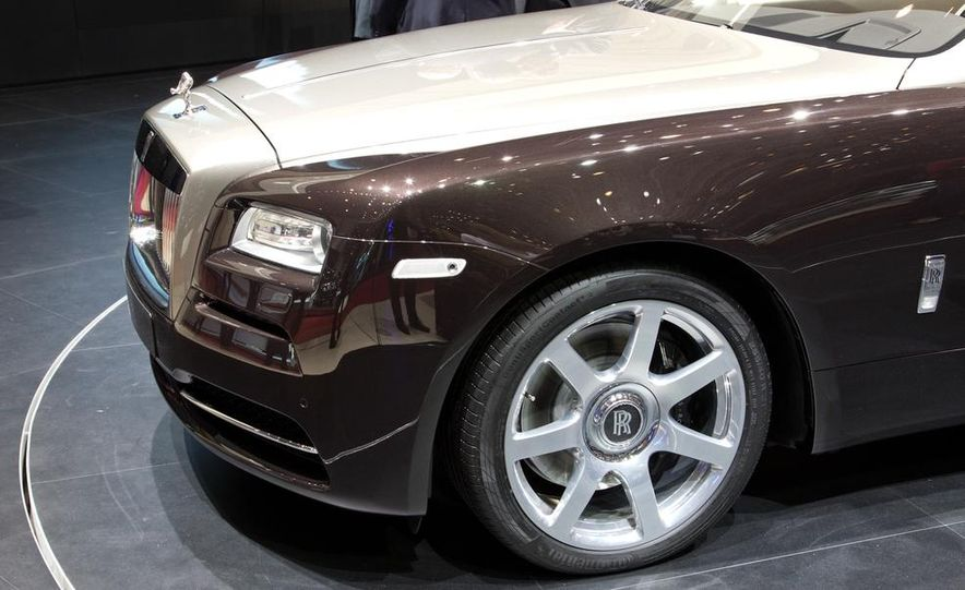 2014 Rolls-Royce Wraith - Slide 22