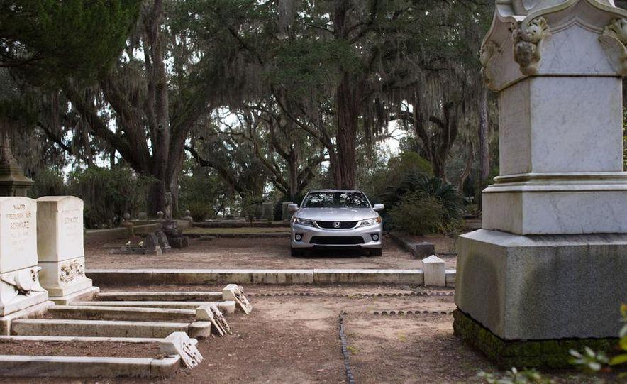 2013 Honda Accord EX-L V-6 coupe automatic - Slide 6
