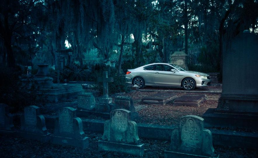 2013 Honda Accord EX-L V-6 coupe automatic - Slide 11