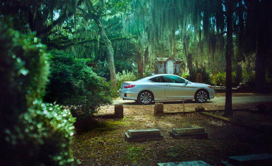 2013 Honda Accord EX-L V-6 coupe automatic - Slide 13