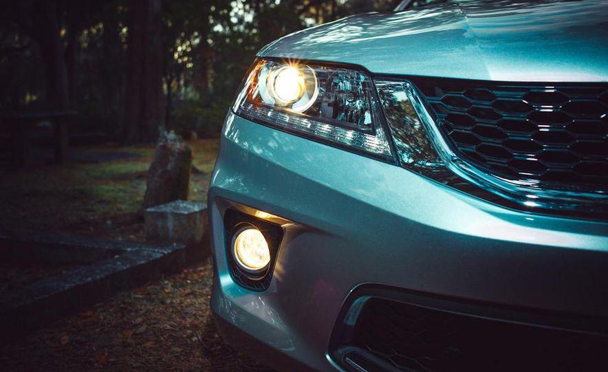 2013 Honda Accord EX-L V-6 coupe automatic - Slide 28