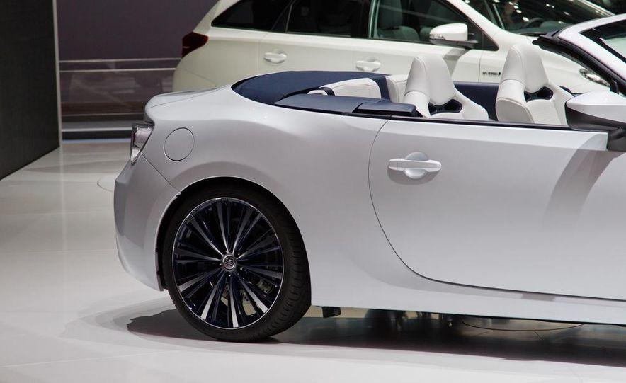 Toyota FT-86 Open concept - Slide 15