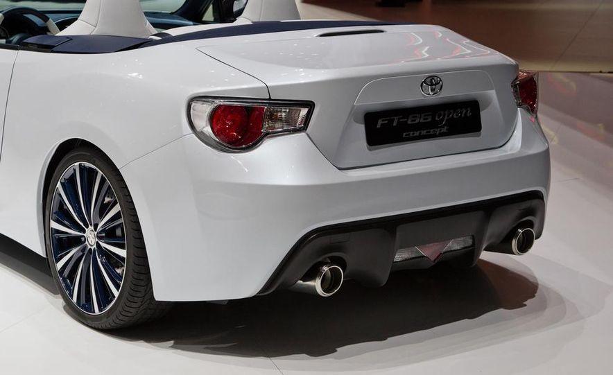 Toyota FT-86 Open concept - Slide 17