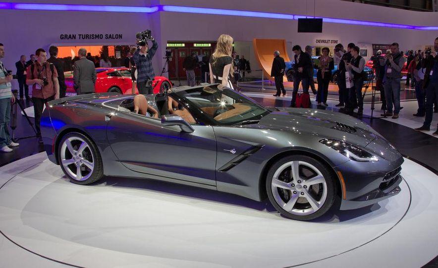 2014 Chevrolet Corvette Stingray convertible - Slide 1